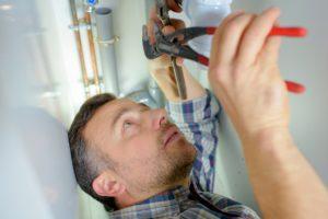 dirty water, dirty tap water, plumbing tips, professional plumber, plumbing auburn, hot water heater auburn